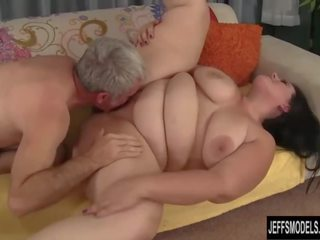 Big Ass Bounces on Fat Cock Before Cum on Face