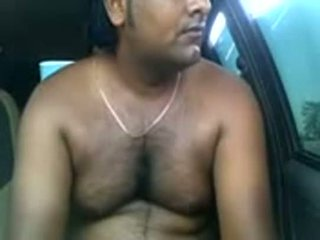 Amatorskie hinduskie para pieprzenie wewnątrz parked samochód