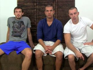 Nikko, carter & turk bermain gay truth atau dare
