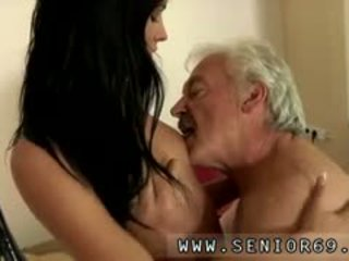 Young And Old Girl Kissing Movies No Wonder That The Stuff H