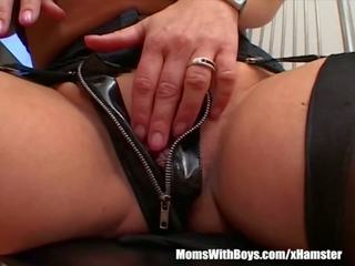 Mature Blonde Sucking Her Guest's Hard Cock: Free Porn 9d