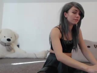 Webcam Whore: Free 18 Years Old Porn Video 17