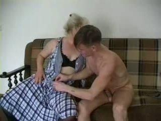 Sexy grand-mère lena et alex