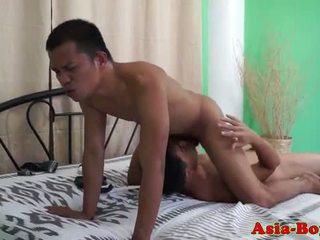 Asian tw-nks bareback fun until they blow