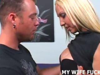 Oma abielunaine likes taking suur cocks raske