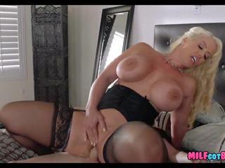 Blonde Cougar gets Him off on Wedding Day: Free HD Porn 93