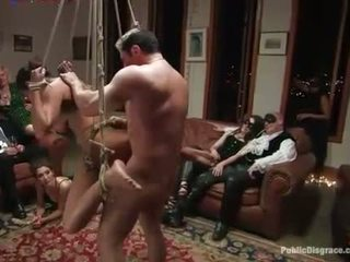 Sexy siren acquires a excruciating group torture