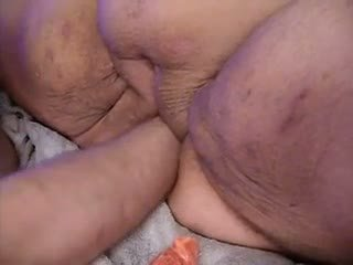 Big Fat Fist: Free Mature Porn Video e0