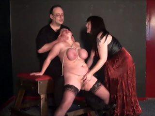 পুর্ণবয়স্ক সমকামী slavegirls বিচিত্র punishment