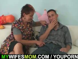 Old mom seduces her daughter s BF
