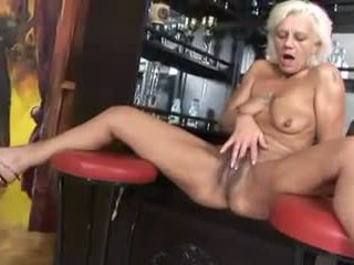 blowjobs, cumshots, hq grannies nenn