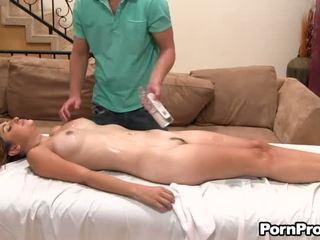 Lusty ركوب الخيل مع أقرن masseur