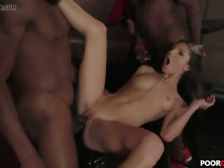 Cuck Witness His Wife Gina Gerson Banging Two Bbcs: Porn e5