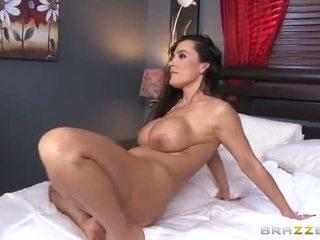 Lisa Ann Hot Stepmom