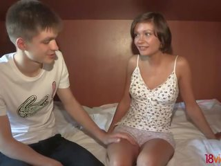spuitende lesbiennes zwanger prive ontvangst