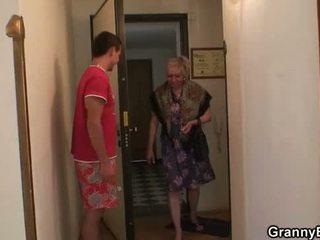 mormor, granny, mogen, gammal pussy