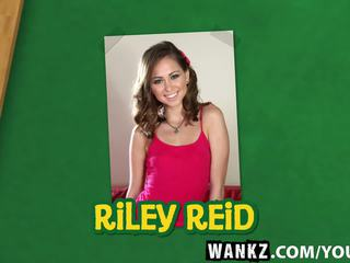 Sexy Spinner Riley Reid Has Her very Tight Pussy...