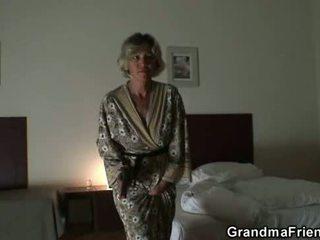 מציאות, ישן, סבתא, סבתא 'לה