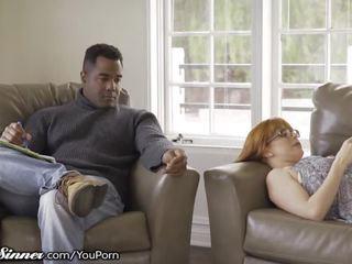 Betrügen rotschopf ehefrau unleashes lust mit masseur