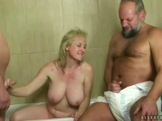 quality pissing ideal, hottest pee you, hot piss