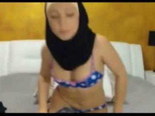 Sexy hijabi fata pe camera