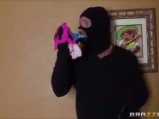 Cassidy Banks cheats with burglar