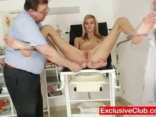 hq căscat, frumos slab, distracție vagin fierbinte