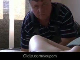 Armas teismeline masturbates seducing vana porno actor kuni fuck tema märg tussu video