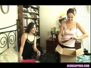 Sinn Sage And Elexis Monroe Take A Break From Packing