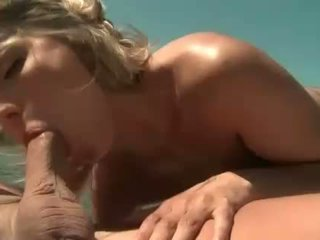 Joanne 甜 gets 肛門 性交 上 船