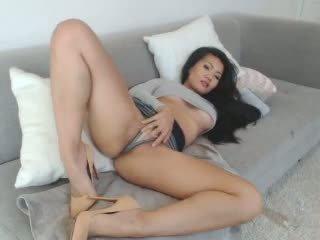 Sexy Asian Leilee Webcam Teasing on the Sofa: Free Porn 0e