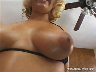 When it cums to blondinka sluts georgia peach knows her way around a sik