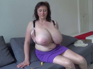 Hänge boobs