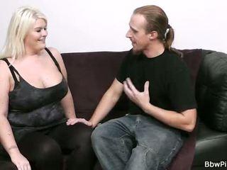 Chaud sexe avec blonde potelée gf