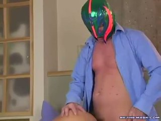 Avalon getting banged på henne twat doggystyle av en mann med en maske