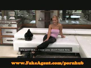 Fake agent ivana chery kiss