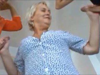 grannies, परिपक्व, ओल्ड + युवा, hd अश्लील