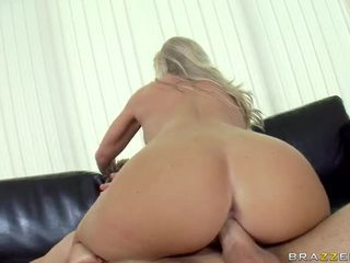 kurwa busty slut, kurwa jej niespodziankę, dziewczyna fuck jej rękę