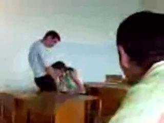 Azeri students öffentlich blowjob