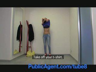 PublicAgent Super model wanna be is du...