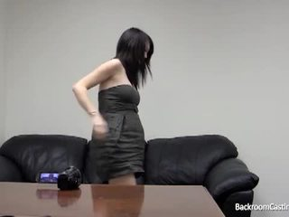 Shtatzënë vajzë bythë fucked nga fake aktorët agent