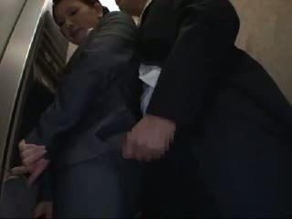Officelady מגוששת ו - מזוין ב elevator