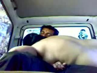 кола секс, догинг, на открито