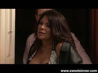Lisa ann टोय्स और screws उसकी कदम बेटा