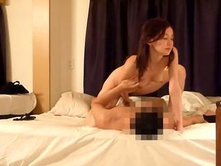 Корейски знаменитости prostituting vol 31clip4 от swifcom