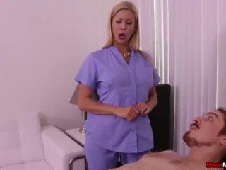 Super Καυτά μητέρα που θα ήθελα να γαμήσω οργασμός έλεγχος