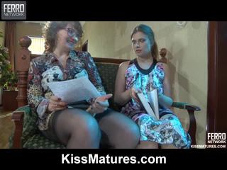 Flo&alana pussyloving mama onto wideo