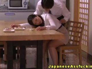 Analno predvajanje loving gospodinja rit fingered in rimmed
