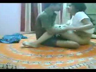 Mumbai nicht sister broer geneukt bij thuis op bed