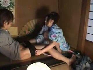 Japoneze familje (brother dhe sister) seks part02